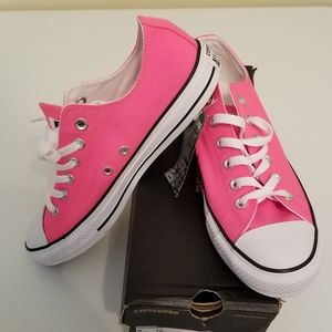 Brand New Converse Chuck Taylor - Neon Pink